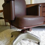 Vintage 1940s Leather Swivel Chair In Superb Condition £199  SOLD