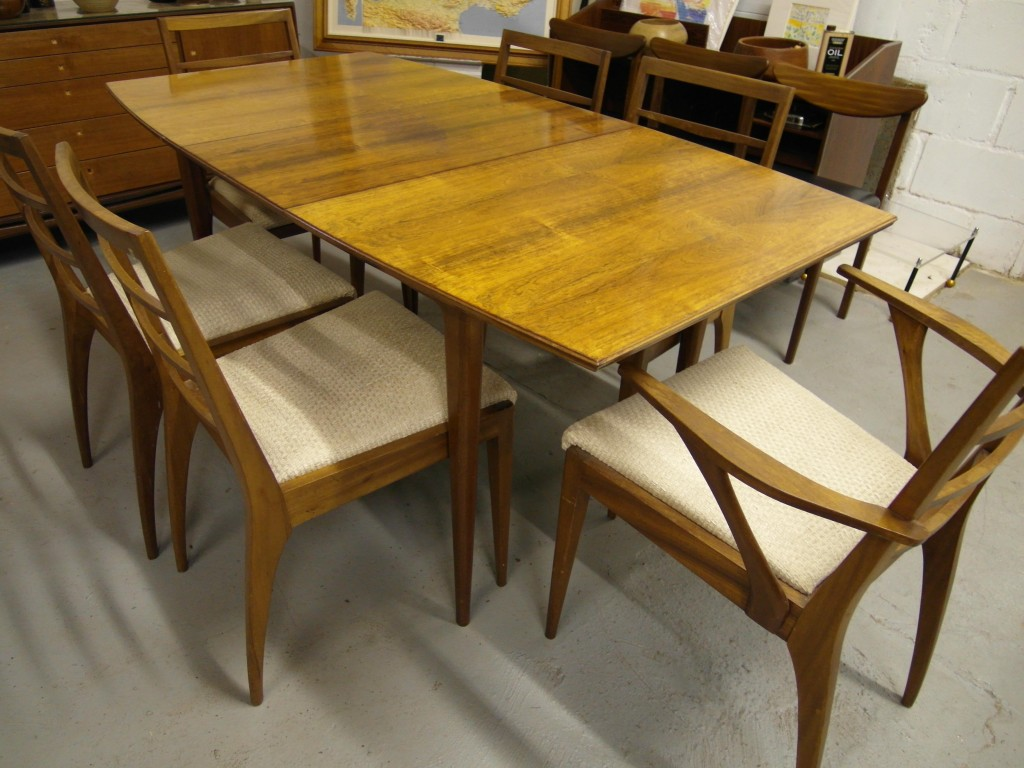 Vintage Macintosh Rosewood Dining table with Six Rosewood chairs £495 SOLD