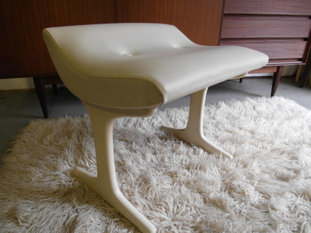 Vintage G plan Stool in Original  White Vinyl £75
