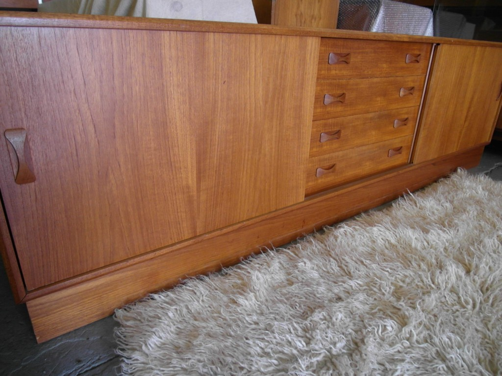 Vintage Clausen & Sons Media Sideboard & Skovby Dining Table £695 SOLD
