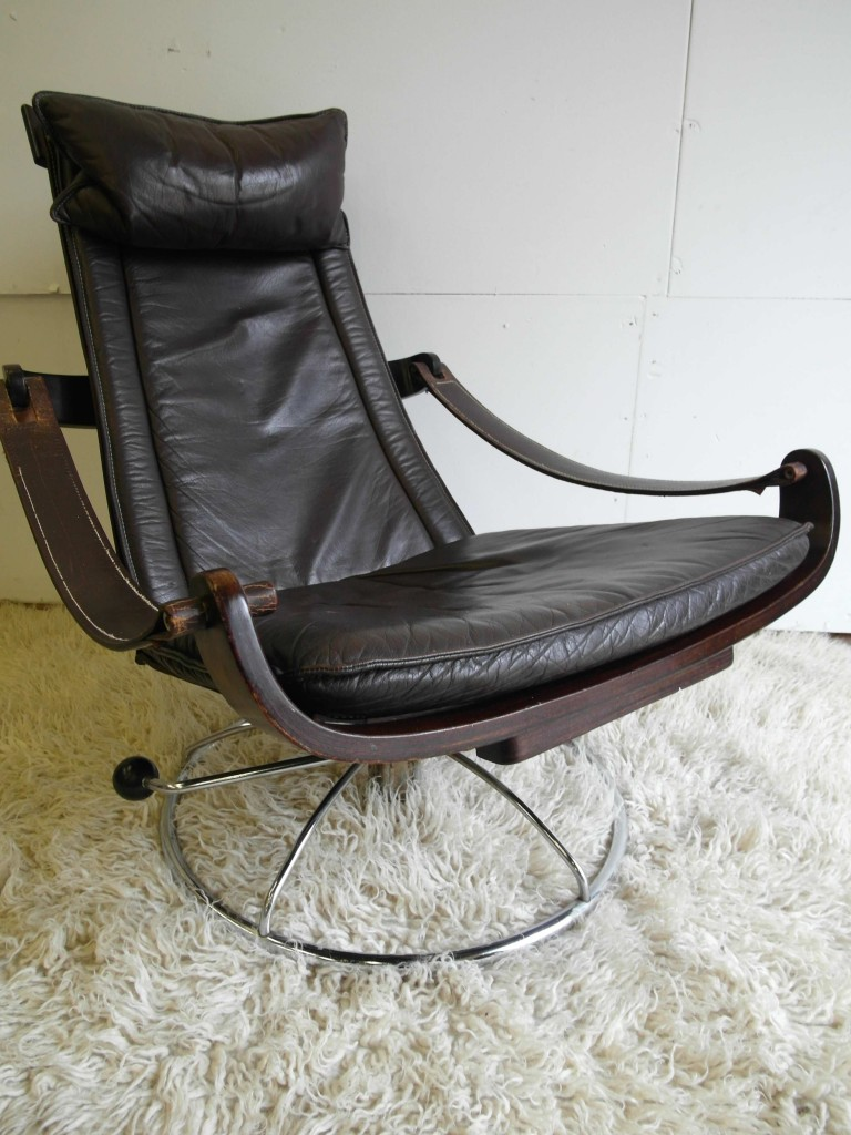 Vintage Danish Rosewood and Leather Swivel Chair £695 SOLD