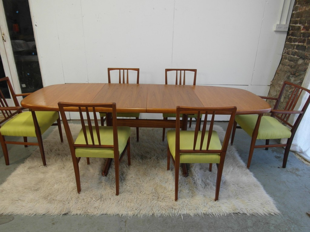 Vintgae Skovby Dining table & Six Gordon Russell Dining Chairs . £695 SOLD