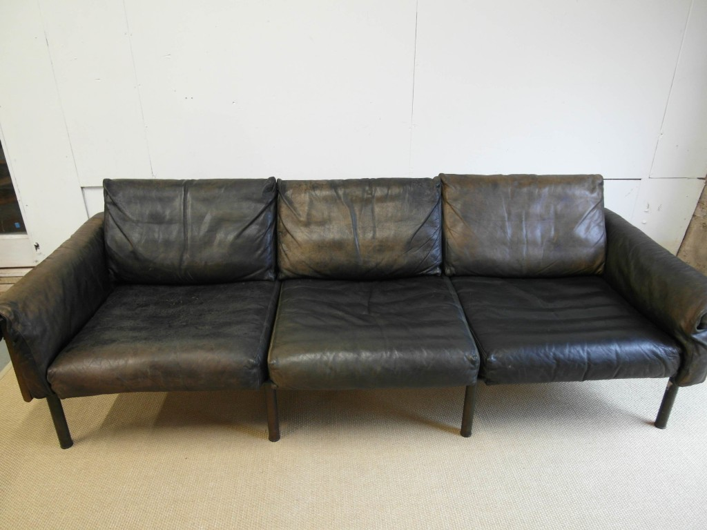 RARE Ateljee Sofa by Yrjo Kukkapuro In Buffalo Leather £1995