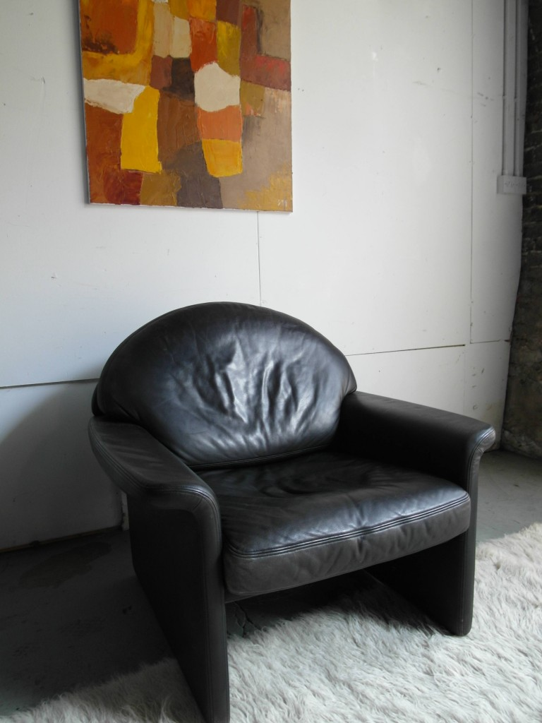 "Vintage De Sede DS36 Armchair in Black "" Neck"" Leather £595"